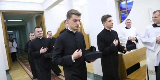 Nasz rodak - kleryk Mateusz otrzymał strój duchowny.